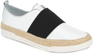 Johnston & Murphy Victoria Slip-On Sneaker