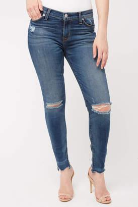 Hudson Nico Midrise Ripped Chewed Hem Skinny Jean in Amar Medium Denim 26