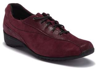 Munro American Sydney Leather Sneaker - Multiple Widths Available