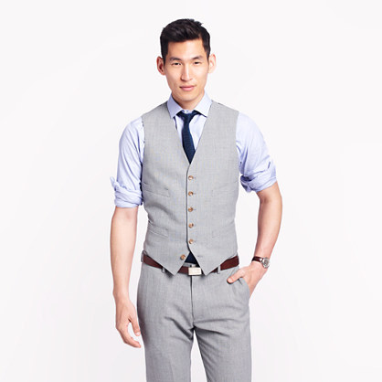 Ludlow suit vest in light charcoal Italian worsted wool