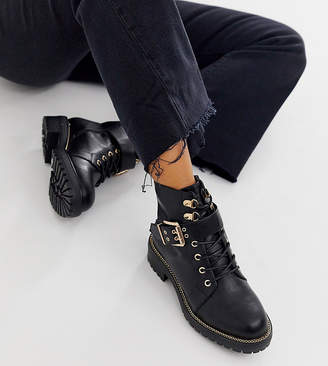 Asos Design DESIGN Wide Fit Armour chain lace up boots in black