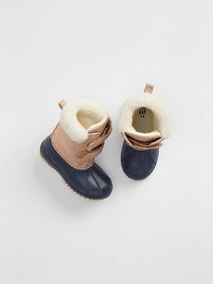 Gap Metallic Sherpa Duck Boots