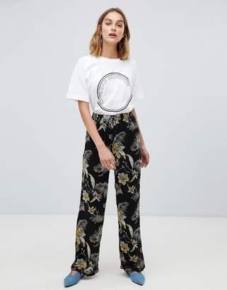 Gestuz Maui floral print wide leg pants