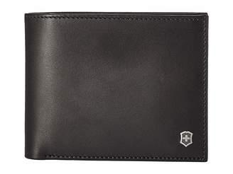 Victorinox Altius Edge Fermat Bifold Wallet w/ Passcase RFID