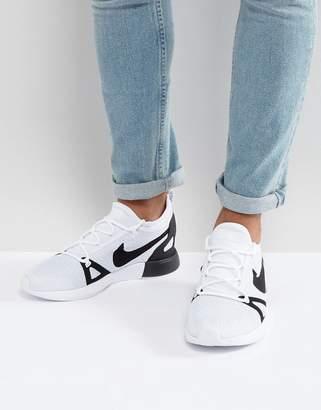 Nike Duelist Racer Sneakers In White 918228-102