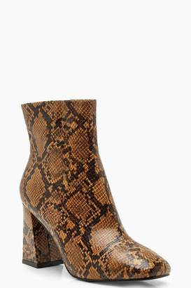 boohoo Womens Snake Print Heel Boots - Brown