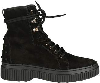 Tod's Round Toe Lace-up Boots