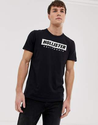 Hollister chest embroidered box logo t-shirt in black