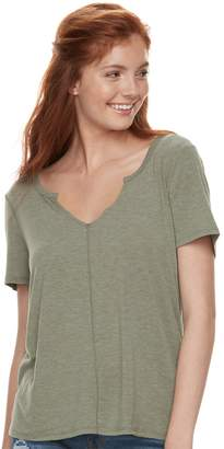 Mudd Juniors' Notch Neck Tee