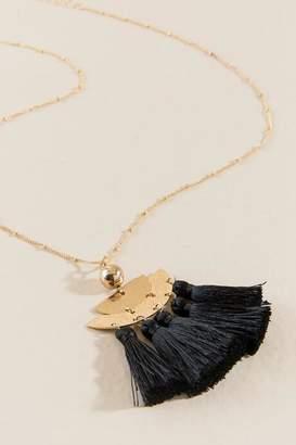 francesca's Athalia Large Tassel Pendant - Black