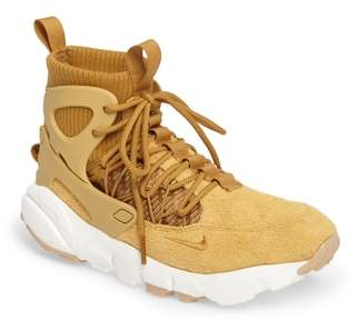 Nike Footscape Mid Sneaker Boot