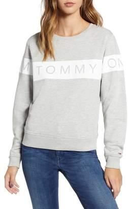 Tommy Jeans Logo Sweatshirt