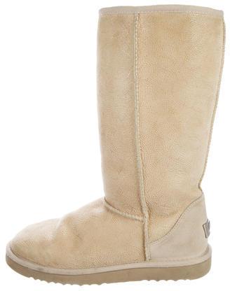 UGGUGG Australia Embossed Shearling Boots
