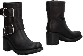Free Lance Ankle boots - Item 11501852SP