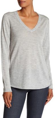 ATM Anthony Thomas Melillo V-Neck Raw Edge Cashmere Sweater $396 thestylecure.com
