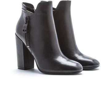 Andrew Marc Tiffany Boot