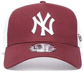 the latest d251b 22686 New Era MLB New York Yankees Snapback Trucker Cap