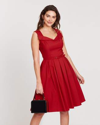 Review Mascot Dress