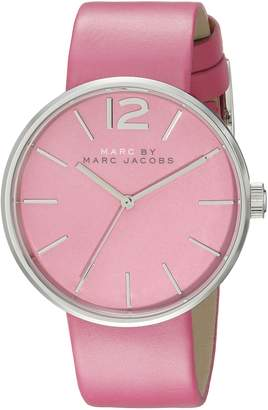 Marc by Marc Jacobs Women's MBM1363 Analog Display Analog Quartz Watch