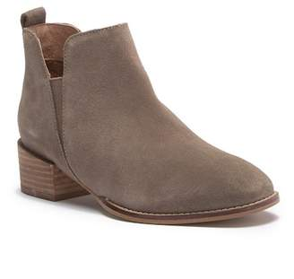 Seychelles Off-Stage Suede Ankle Bootie