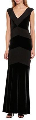 Women's Lauren Ralph Lauren Velvet Inset Gown $250 thestylecure.com