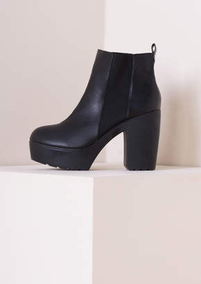 Missy Empire Missyempire Sandy Elastic Cleated Sole High Heeled Boot