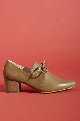 Intentionally Blank Premlim Oxford Heels