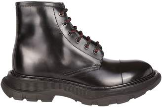 Alexander McQueen Ridged Sole Laced-up Boots