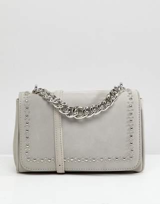 Liquorish Chunky Chain Detail Crossbody Bag