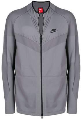 Nike (ナイキ) - Nike ジップジャケット