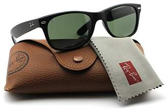 Ray-Ban RB2132 622 Wayfarer Sunglasses Black Rubber Frame / 52mm