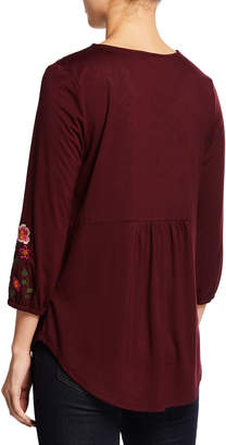 Neiman Marcus 3/4-Sleeve Embroidered Peasant Blouse