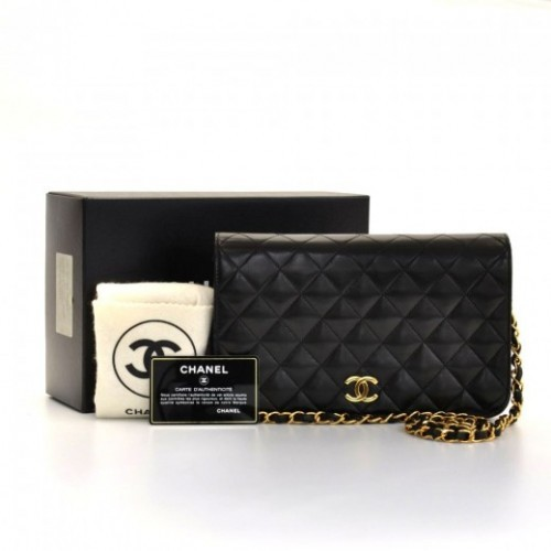Chanel excellent (EX Black Quilted Leather Shoulder Bag Ex