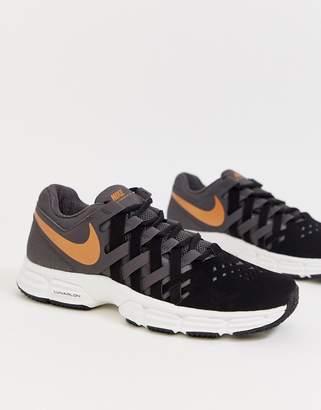 Nike Training Figertrap sneakers in grey