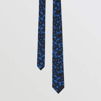 Burberry Slim Cut Floral Silk Jacquard Tie