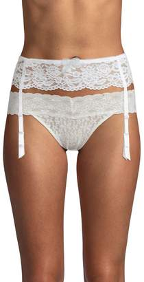 B.Tempt'd B. Tempt'd Women's Lace Garter Belt