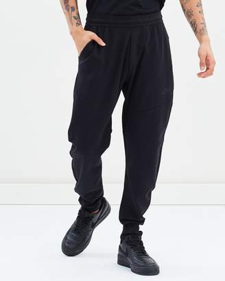Nike Tech Pack Pants