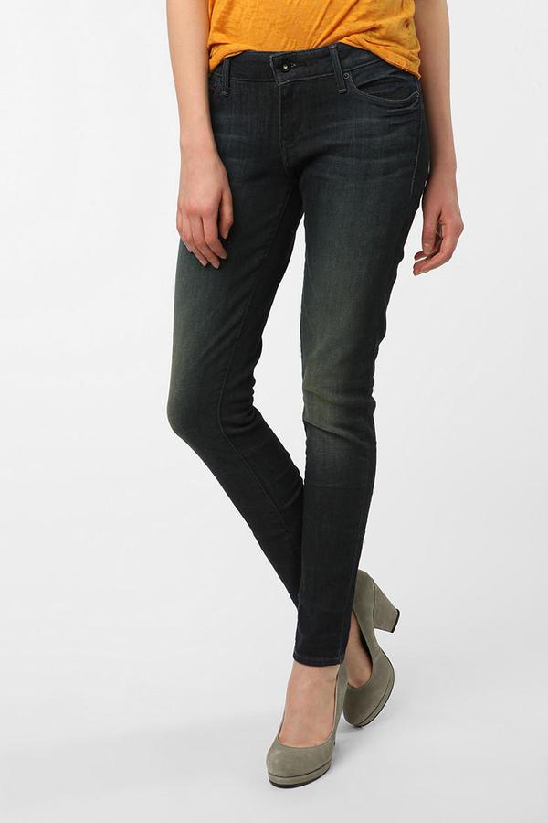 Levi's Demi Curve Skinny Grazer Jean