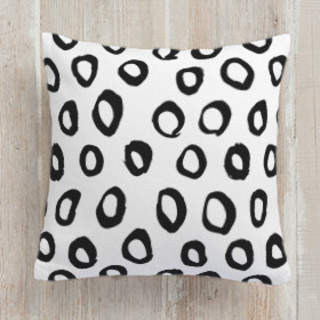 Painted Circles Self-Launch Square Pillows