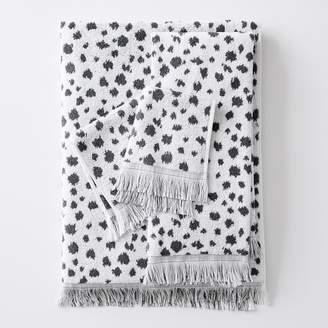 Pottery Barn Teen Ikat Dot Jacquard Towel, Vintage Ebony, Hand