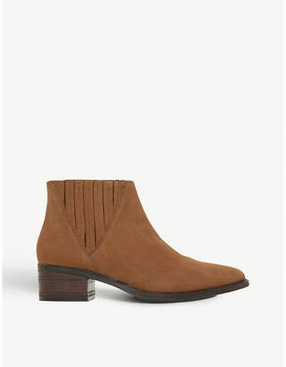 Steve Madden Point leather Chelsea boots