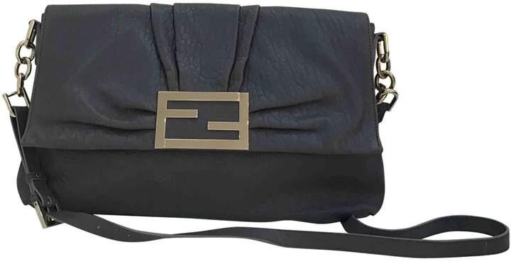 Baguette leather handbag