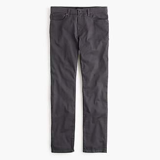 Destination Slim-fit traveler jean in stretch TencelTM