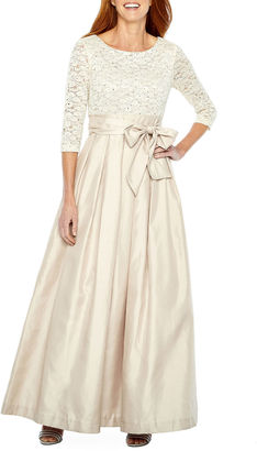 JESSICA HOWARD Jessica Howard 3/4 Sleeve Ball Gown $140 thestylecure.com