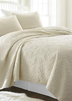 IENJOY HOME Home Spun Premium Ultra Soft Damask Pattern Quilted Queen Coverlet Set - Ivory