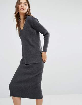 Paisie V Neck Ribbed Sweater