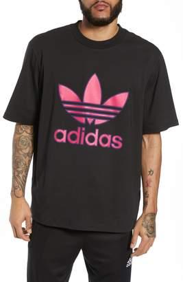 adidas Large Trefoil Boxy T-Shirt