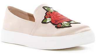 Chinese Laundry Fox Glove Slip-On Sneaker