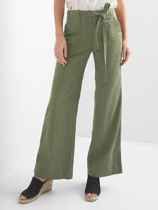 Tie-belt wide-leg trousers