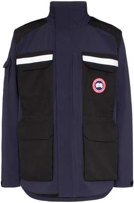 Canada Goose Photojournalist utility pocket hooded jacket